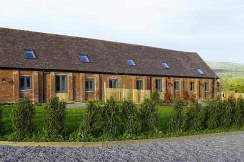 2 bedroom bungalow to rent - Hale Farm Barns, Corfton, Craven Arms