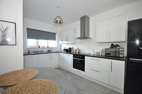 3 bedroom apartment to rent - Havelock Road Southsea PO5