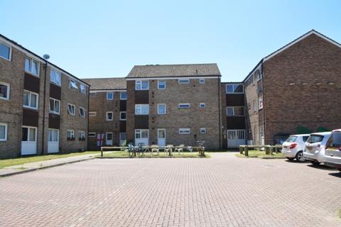2 bedroom flat for sale - Thornton Close, Horley, RH6