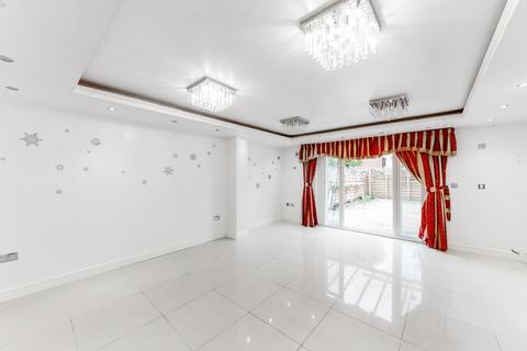 4 bedroom semi-detached house to rent - Edgar Wallace Close, Peckham