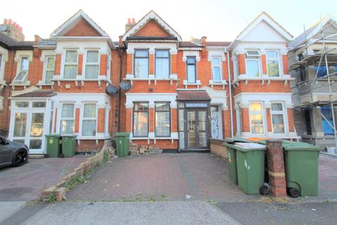 3 bedroom terraced house to rent - Chester Road, London, E7