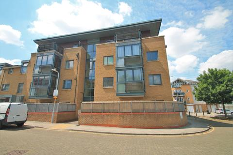 1 bedroom flat for sale - Clarence Row, Gravesend
