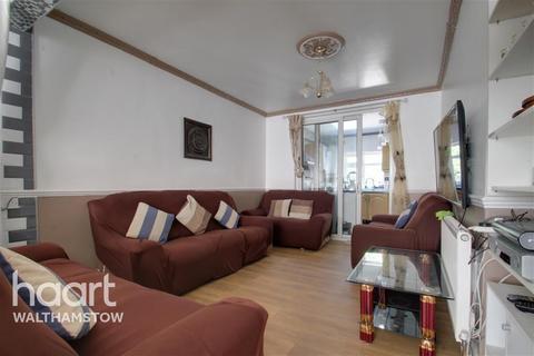 5 bedroom terraced house to rent - Hillside Gardens, Walthamstow
