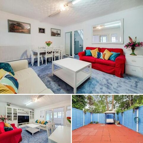 5 bedroom end of terrace house for sale - Bell Drive, London, SW18