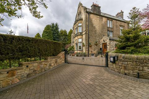 6 bedroom detached house for sale - Moordale, Diggle, Saddleworth