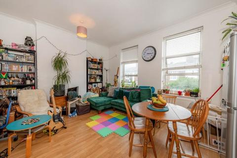 2 bedroom apartment to rent - Park Road, Crouch End, London