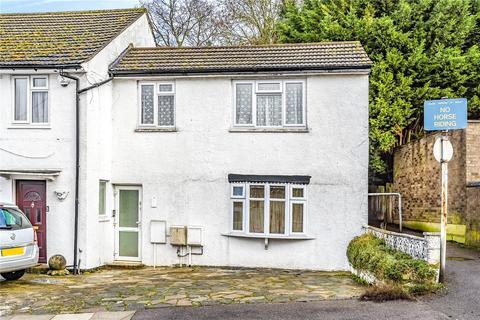 Studio to rent - Rushden Gardens, Mill Hill, London, NW7