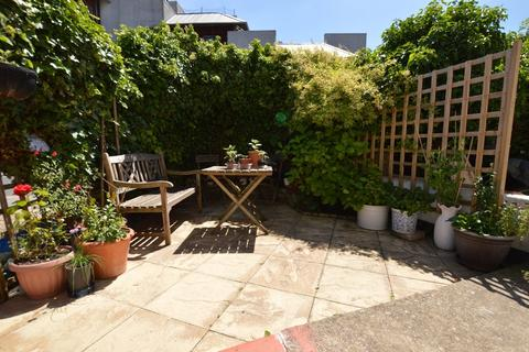 1 bedroom ground floor flat for sale - Lower Addiscombe Road, Croydon