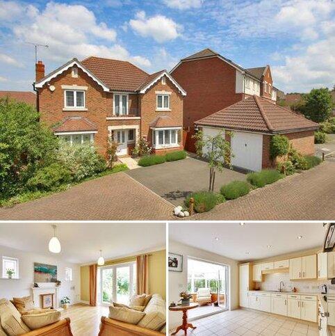 4 bedroom detached house for sale - Barnock Close, Crayford, DA1