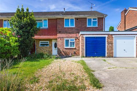 2 bedroom apartment to rent - Halpin Close, Calcot, Reading, RG31