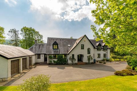 4 bedroom country house for sale - Peebles, EH45