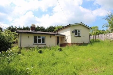 3 bedroom detached bungalow for sale - Tong Road, Brenchley