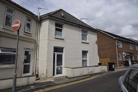2 bedroom house to rent - Windham Road, ,