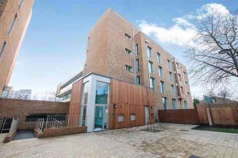 1 bedroom apartment to rent - Medway House, 7 Kidwells Close, Maidenhead, Berkshire, SL6