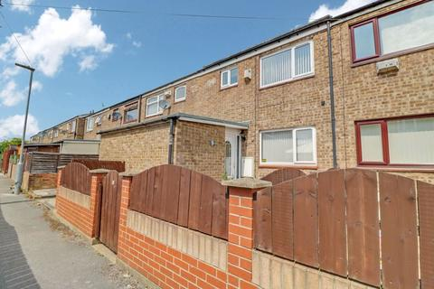 3 bedroom terraced house to rent - Wimborne Close, Hull