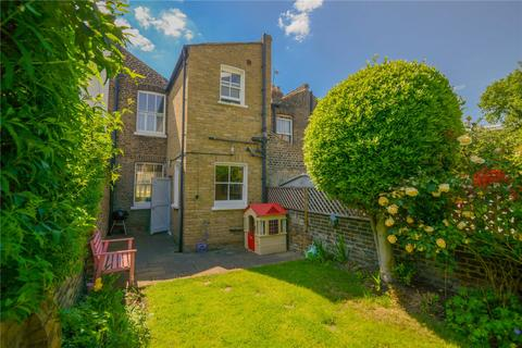 2 bedroom house for sale - Latchmere Road, London, UK, SW11