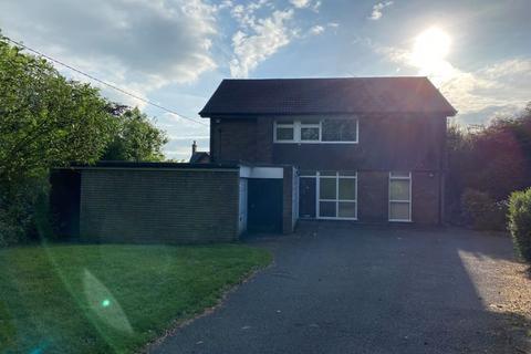 5 bedroom detached house to rent - Crown Bank, Talke, Stoke-On-Trent