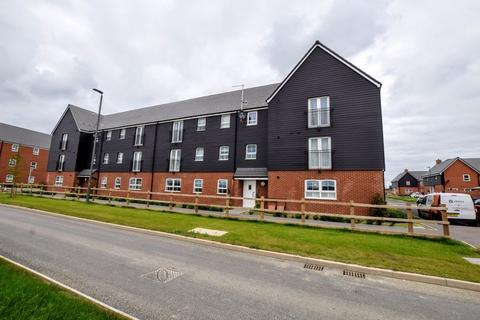 2 bedroom apartment for sale - Foxtail Close, Aylesbury