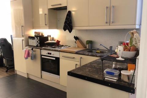 2 bedroom apartment to rent - Herga Road, Harrow, HA3