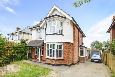 4 bedroom detached house for sale - Stokewood Road, Bournemouth, BH3