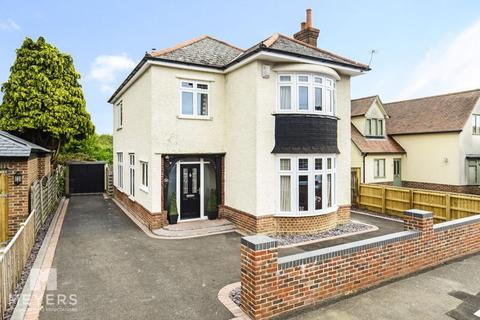 4 bedroom detached house for sale - Waltham Road, Boscombe East, BH7