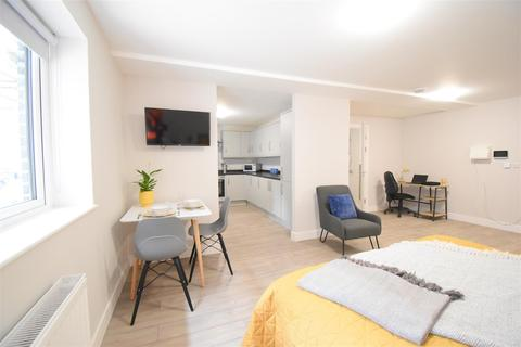1 bedroom property to rent - Deluxe Apartment, New student accommodation, North Hill Court PL4 6AY , Plymouth, 2021-2022