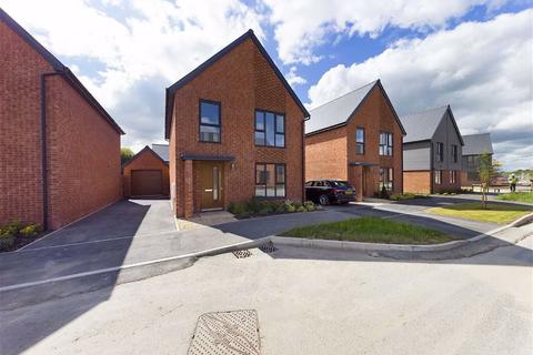 4 bedroom detached house to rent - Cromwell Road, Gloucester