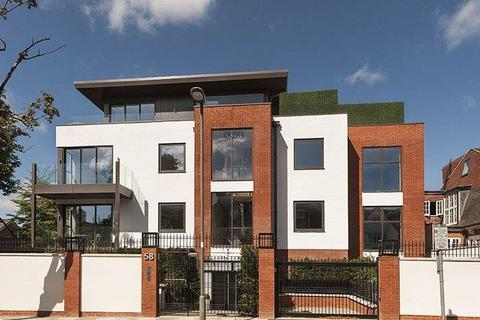 3 bedroom apartment for sale - West Heath Drive, NW11