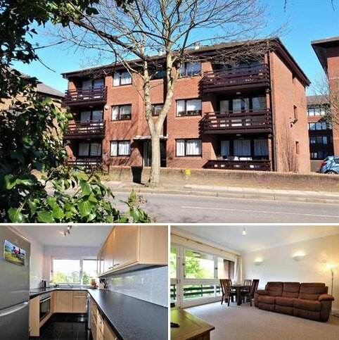 2 bedroom apartment to rent - Blyth Road, Bromley, BR1