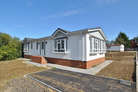 2 bedroom mobile home for sale - Hooks Cross, Watton At Stone, Hertford