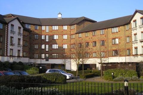 1 bedroom flat to rent - Juniper Court, Hanworth Road, Hounslow