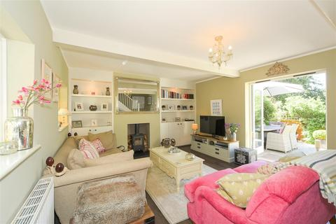 2 bedroom semi-detached house for sale - Reigate Hill, Reigate