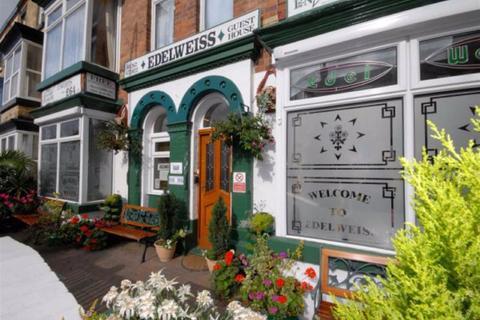 Hotel for sale - Windsor Crescent, Bridlington, East Riding Of Yorkshire