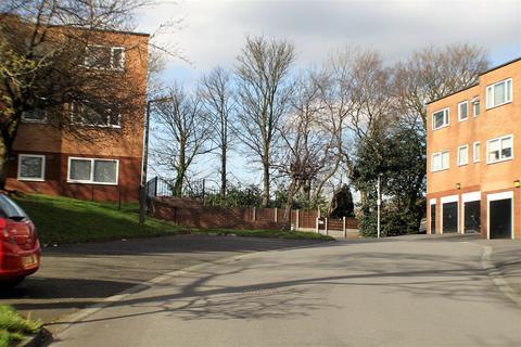 2 bedroom flat to rent - Rivington Court, Cholmondley Road, Salford