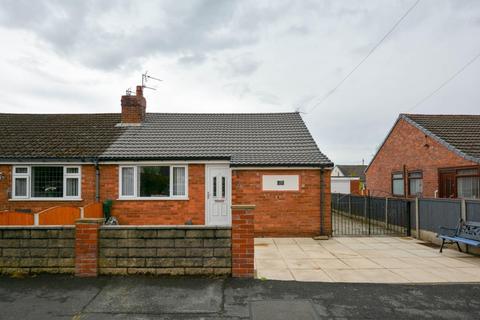 2 bedroom semi-detached bungalow for sale - Pembroke Road, Hindley Green, Wigan, WN2 4TG