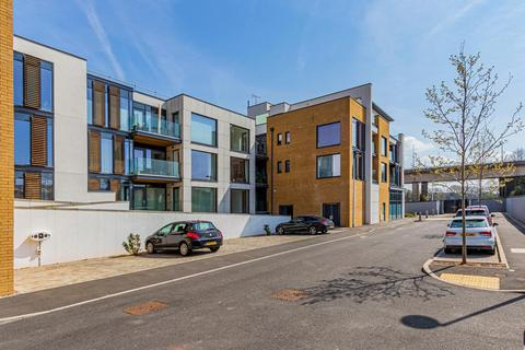 2 bedroom apartment for sale - Severn Quay, Chepstow