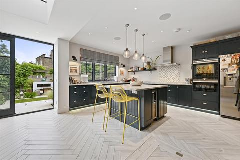 6 bedroom house for sale - Findon Road, London W12
