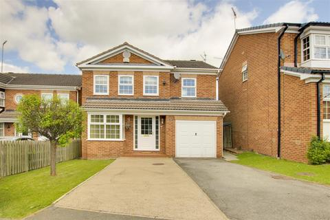 4 bedroom detached house for sale - Campbell Gardens, Arnold, Nottinghamshire, NG5 8RY