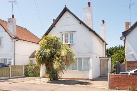 3 bedroom detached house for sale - Percy Avenue, Broadstairs