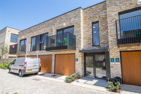1 bedroom flat to rent - Stacey Road, Trumpington