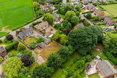 5 bedroom property with land for sale - Goostrey Lane, Twemlow Green, Cheshire, CW4