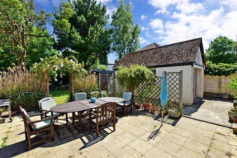 3 bedroom bungalow for sale - Loose Road, Maidstone, Kent