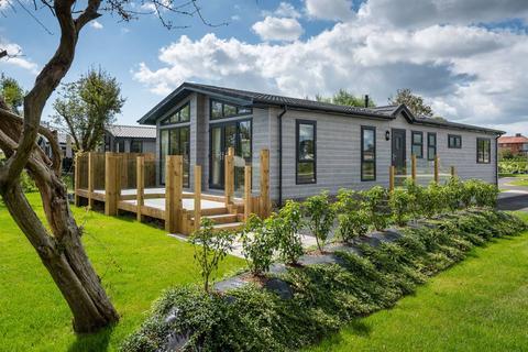 3 bedroom lodge for sale - Aldeburgh Suffolk