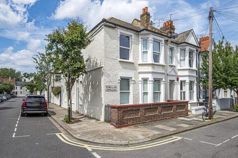 2 bedroom flat for sale - Rowallan Road, Fulham