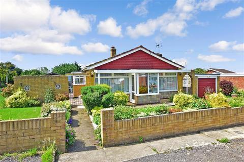 3 bedroom detached bungalow for sale - Augustine Road, Minster On Sea, Sheerness, Kent
