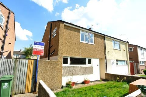 3 bedroom semi-detached house to rent - Linton Close, Welling DA16