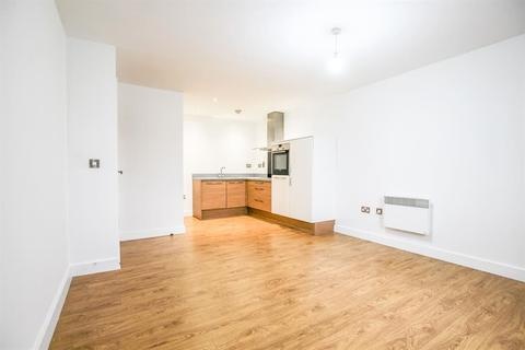 2 bedroom flat to rent - Weald House Birch Close, Huntington, York