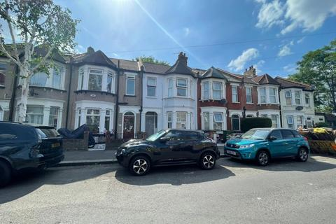 4 bedroom terraced house to rent - Knotts Green Road, Leyton