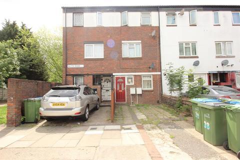 4 bedroom terraced house for sale - Blyth Road, Thamesmead, London, SE28 8LG
