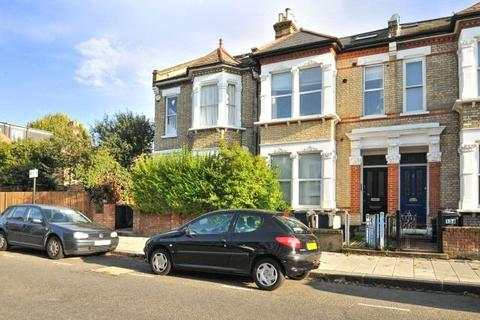 Property to rent - Abbeville Road, London, SW4
